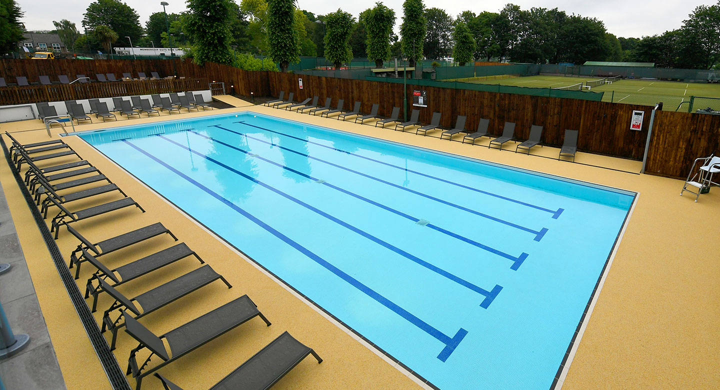 Image of the outdoor pool at David Lloyd Acton Park
