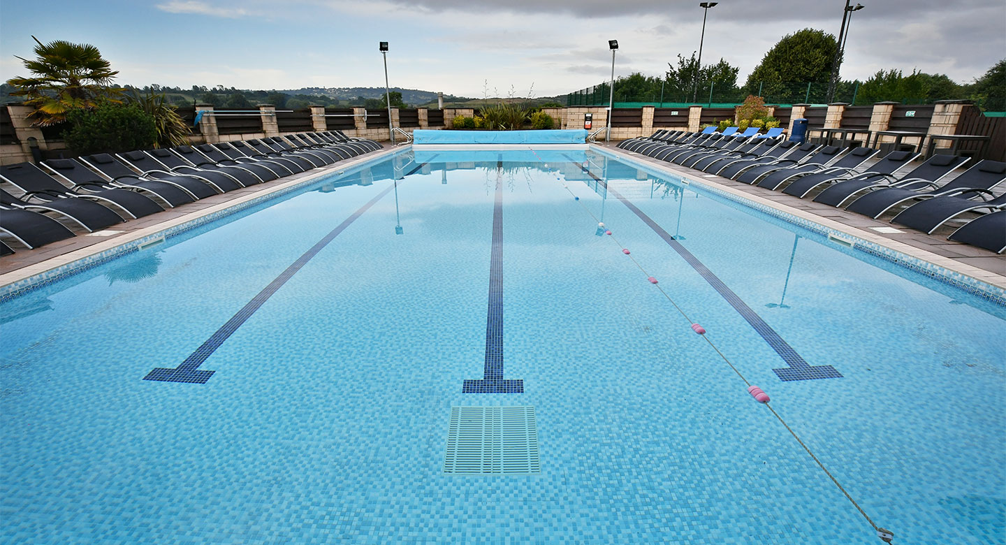David Lloyd Bristol Long Ashton outdoor pool