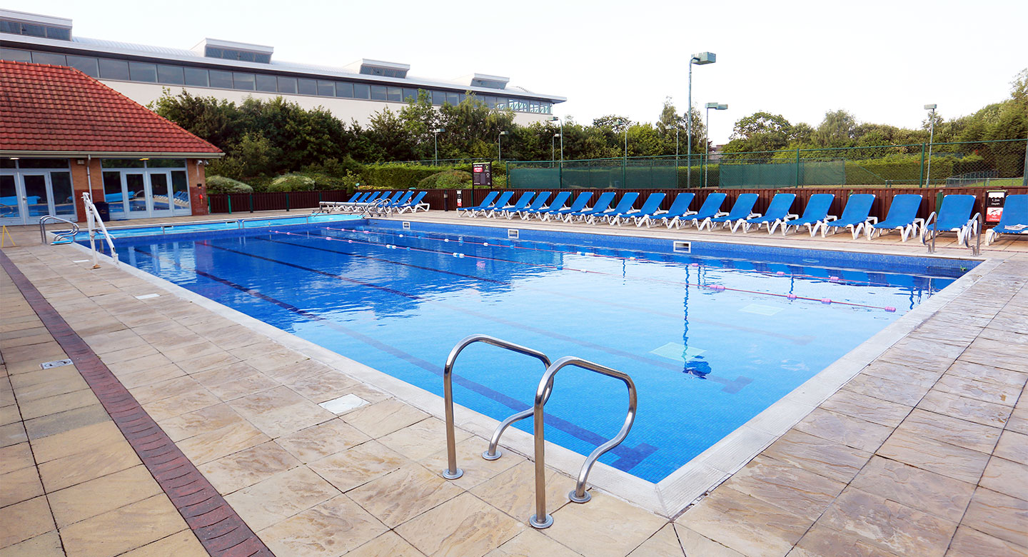 David Lloyd Cheshire Oaks outdoor pool