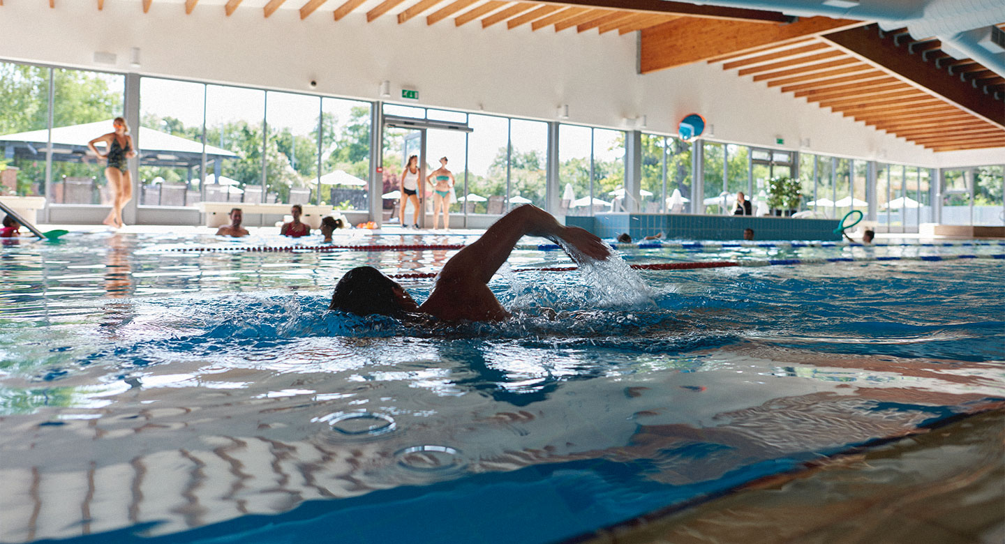 Swimming Pools & Spa In Woking
