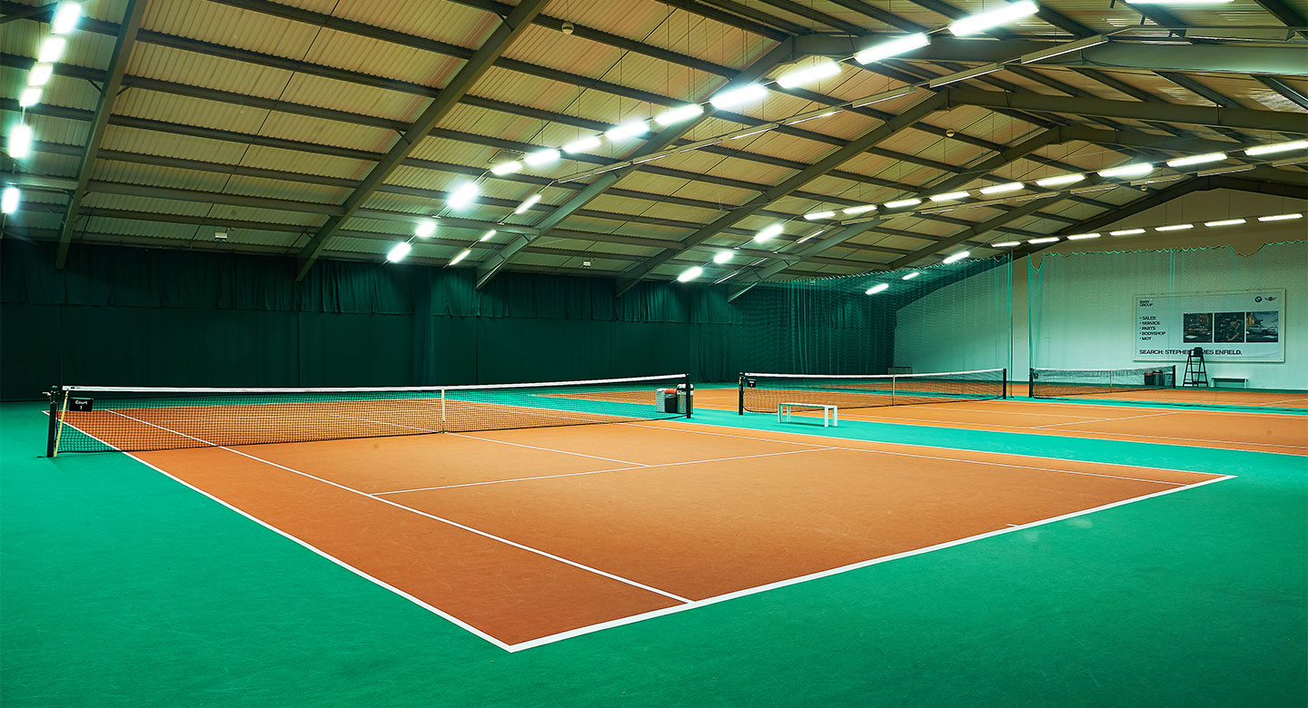 David Lloyd Enfield indoor tennis courts