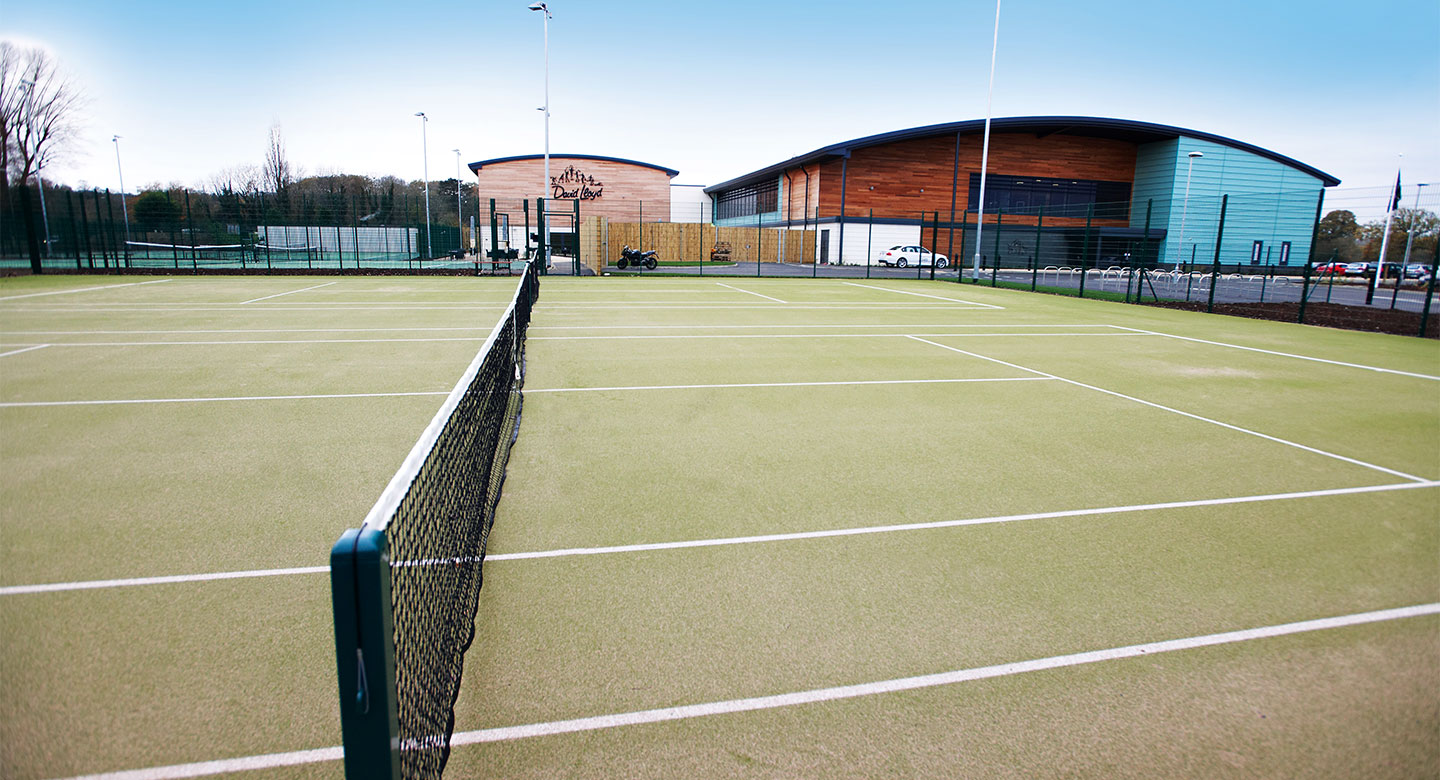 David Lloyd Farnham outdoor tennis