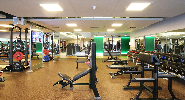 Gym in kings hill kings hill club details david lloyd for Gimnasio fitness club