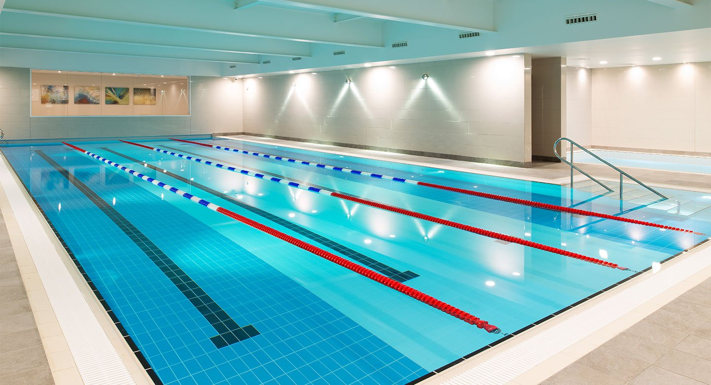 Indoor pool David Lloyd Newbury