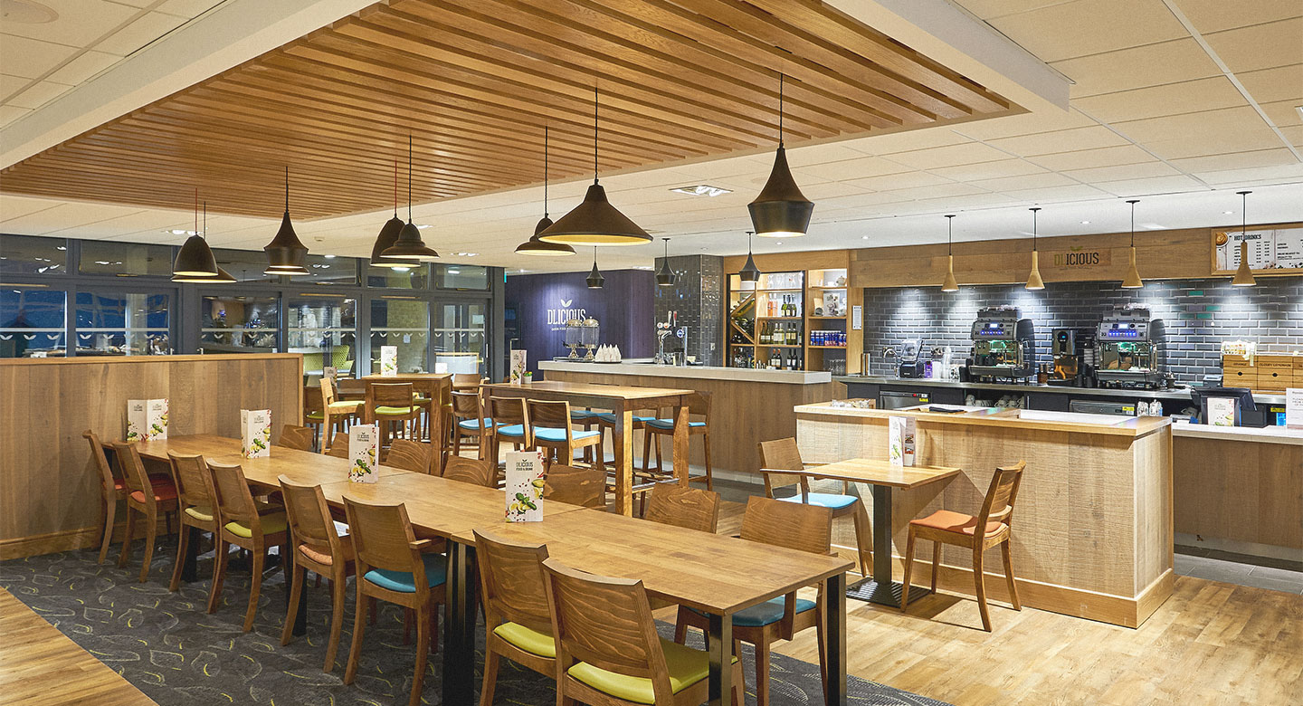 Restaurant Bar In Purley Purley Club Cafe David Lloyd Clubs