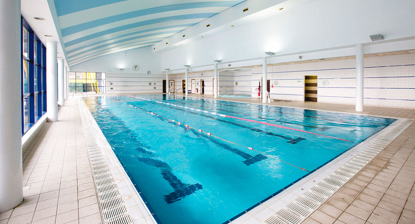 David Lloyd Swansea Indoor pool