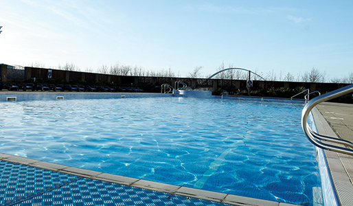 David Lloyd Teeside outdoor pool