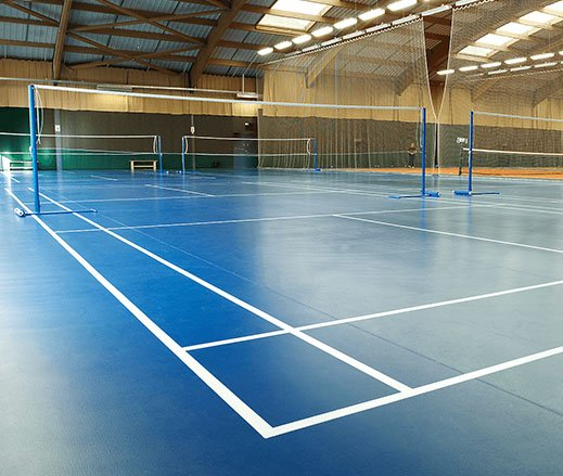 David Lloyd Clubs badminton