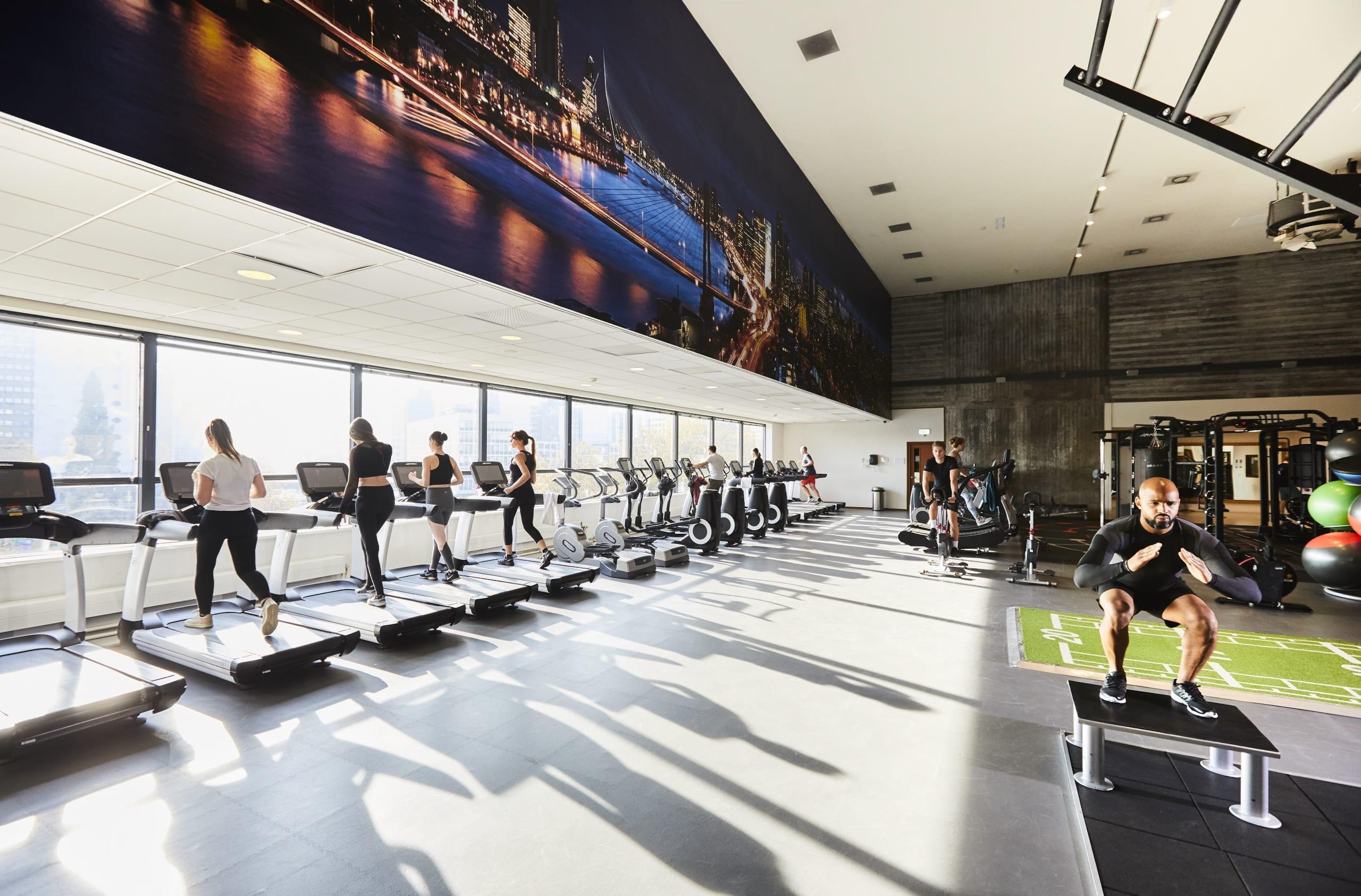 Image of members using the gym at David Lloyd Rotterdam Centrum