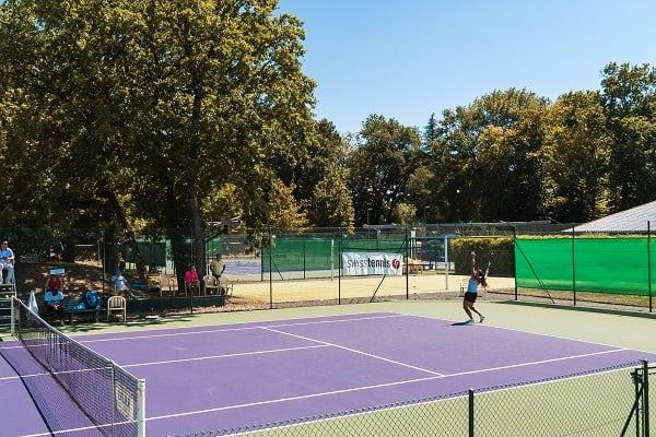 Geneva country club tennis courts