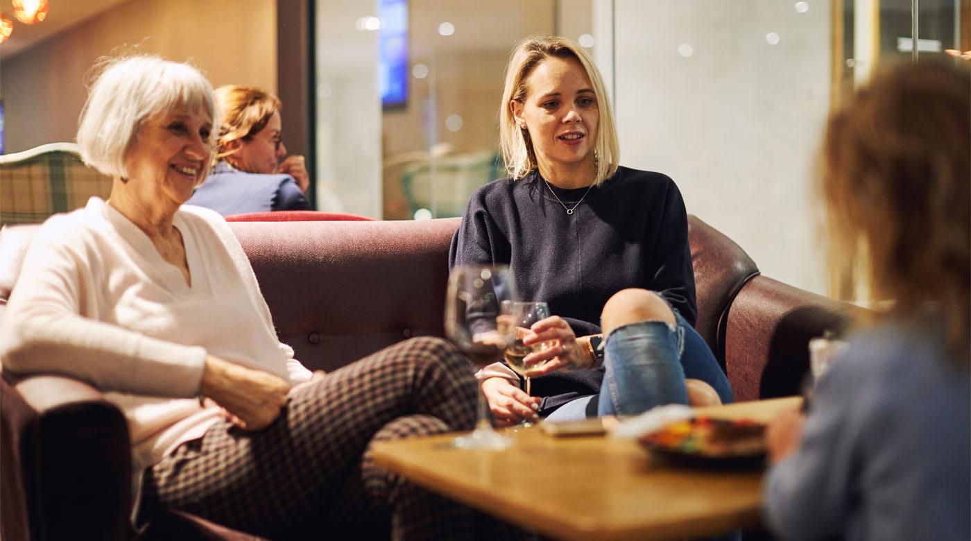 Image of women socialising in club
