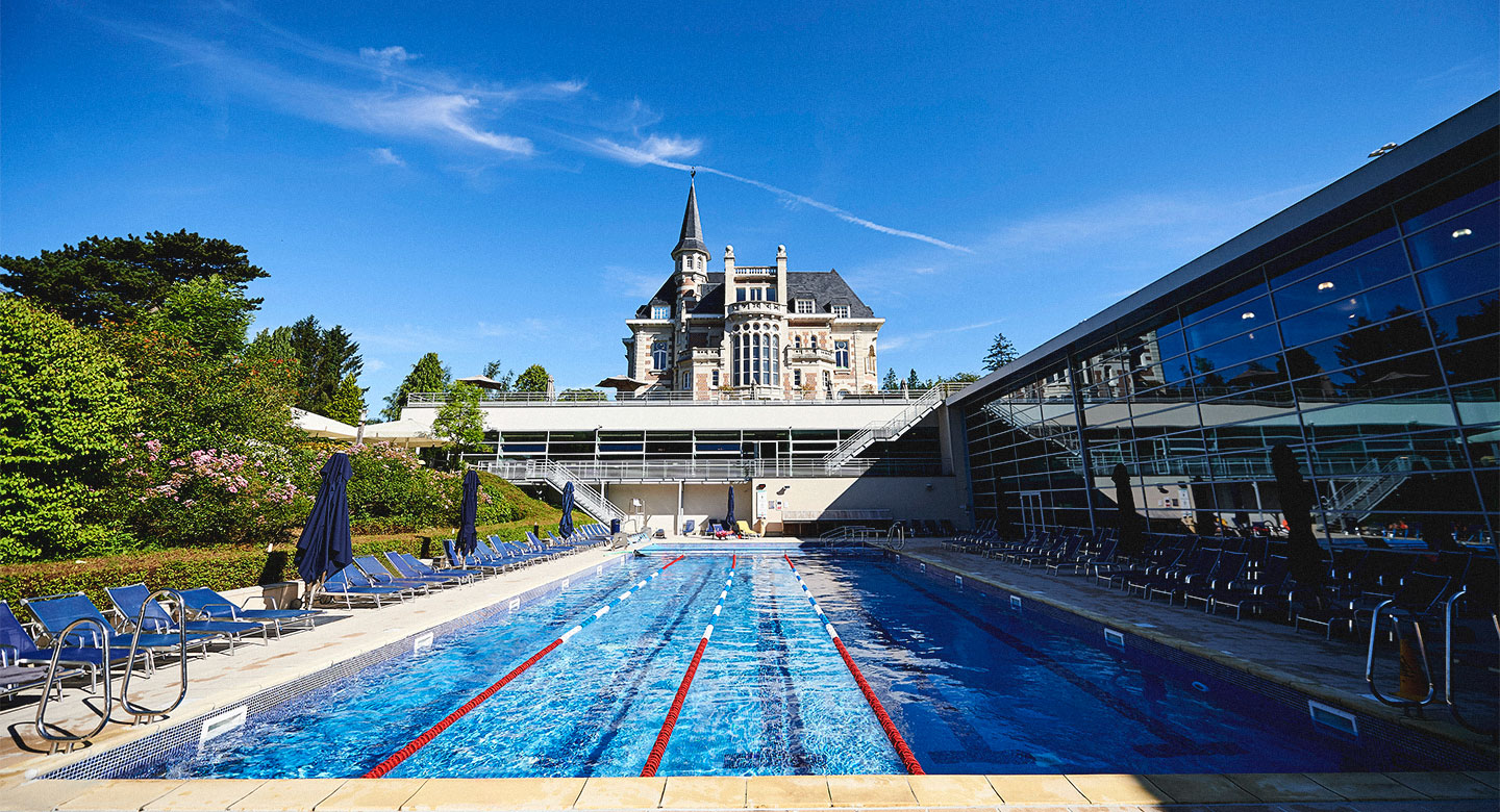 People enjoying other facilities at the club