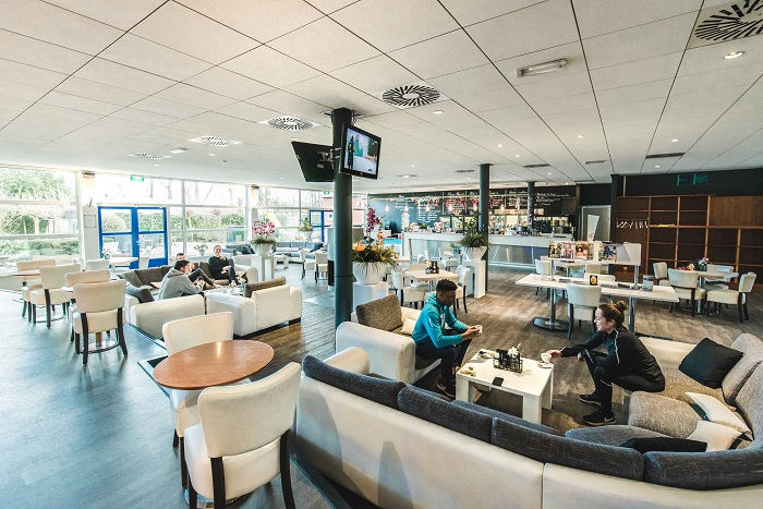 Image of the clubroom at David Lloyd Utrecht