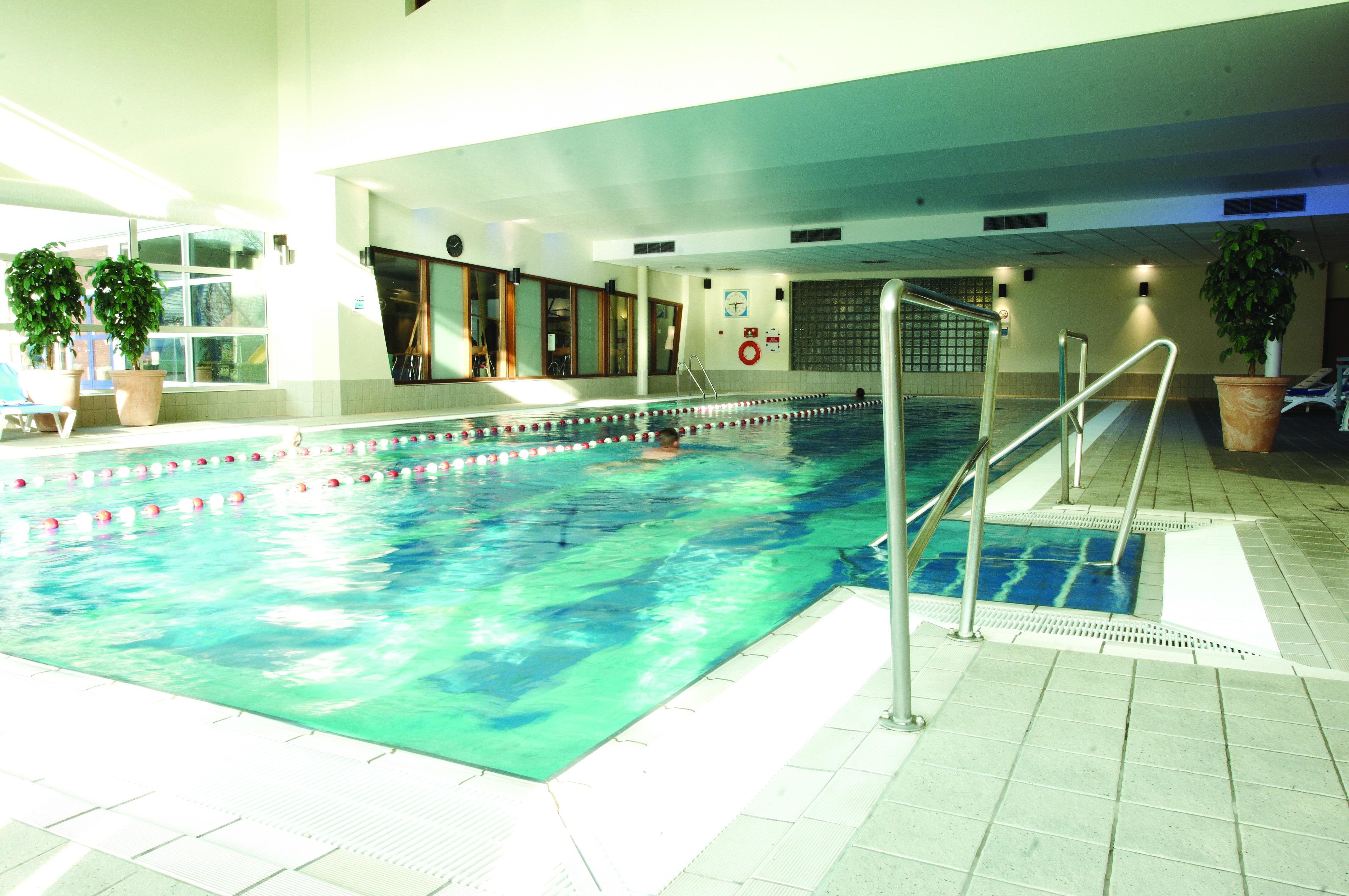 Swimming pool at David Lloyd Utrecht