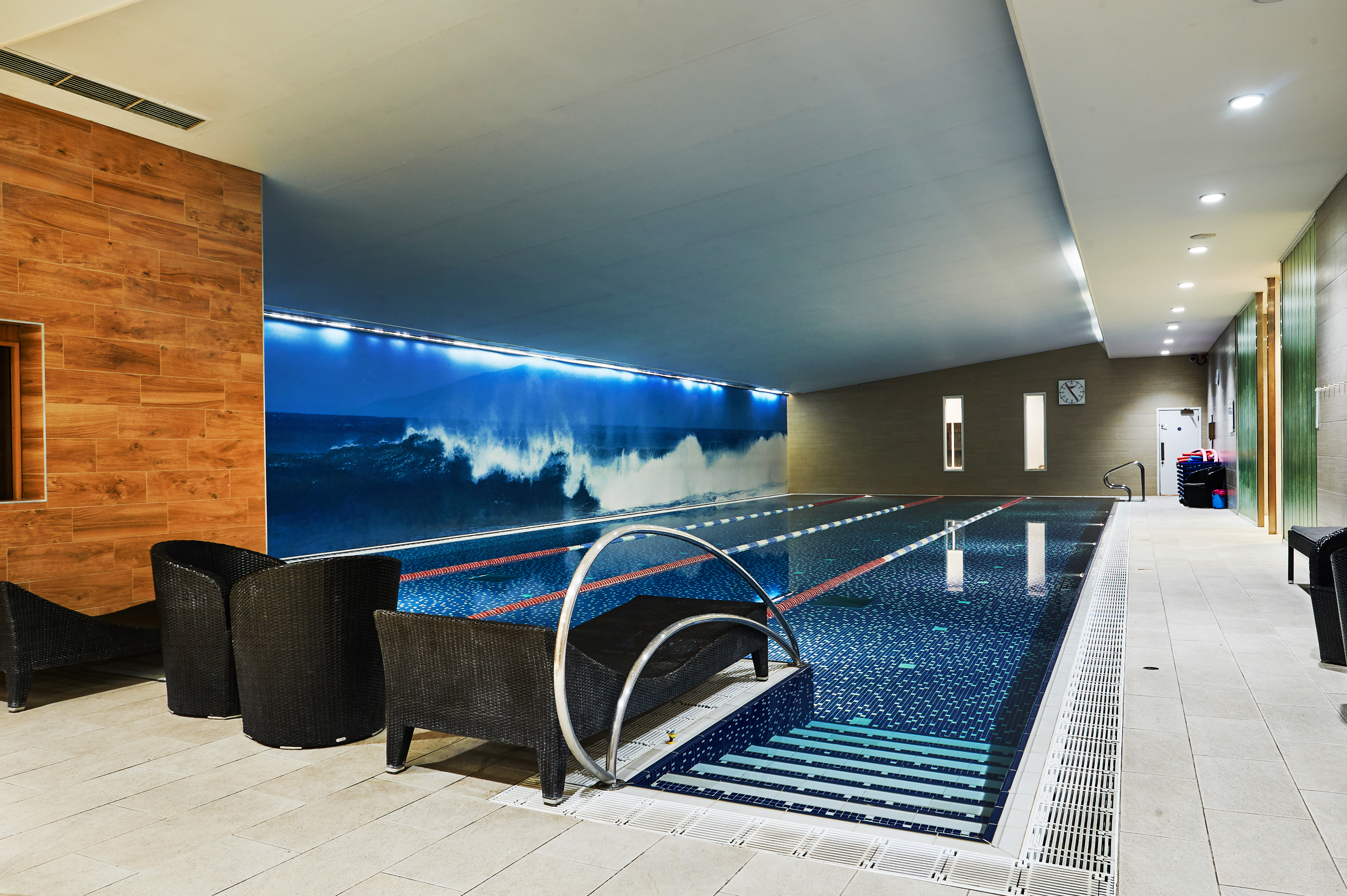 The pool at Notting Hill Harbour Club